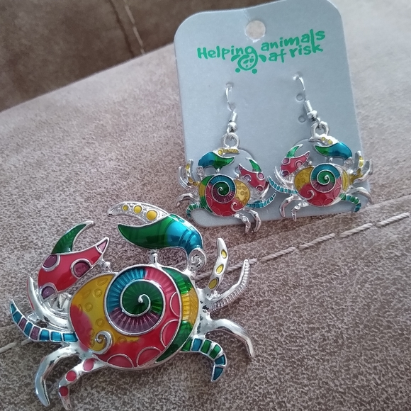 Helping Animals At Risk Jewelry 50 Off Crab Pendant And Earring Set Bright Colors Poshmark